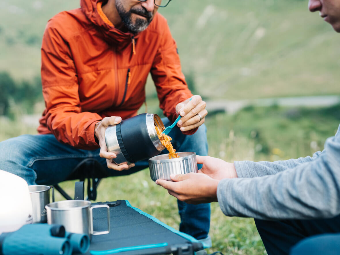 HOW DO YOU CARRY YOUR FOOD WHEN HIKING? FOOD BOX