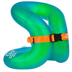De Neck Vest is een opblaasbaar zwemvest voor kinderen van 18-30 kg