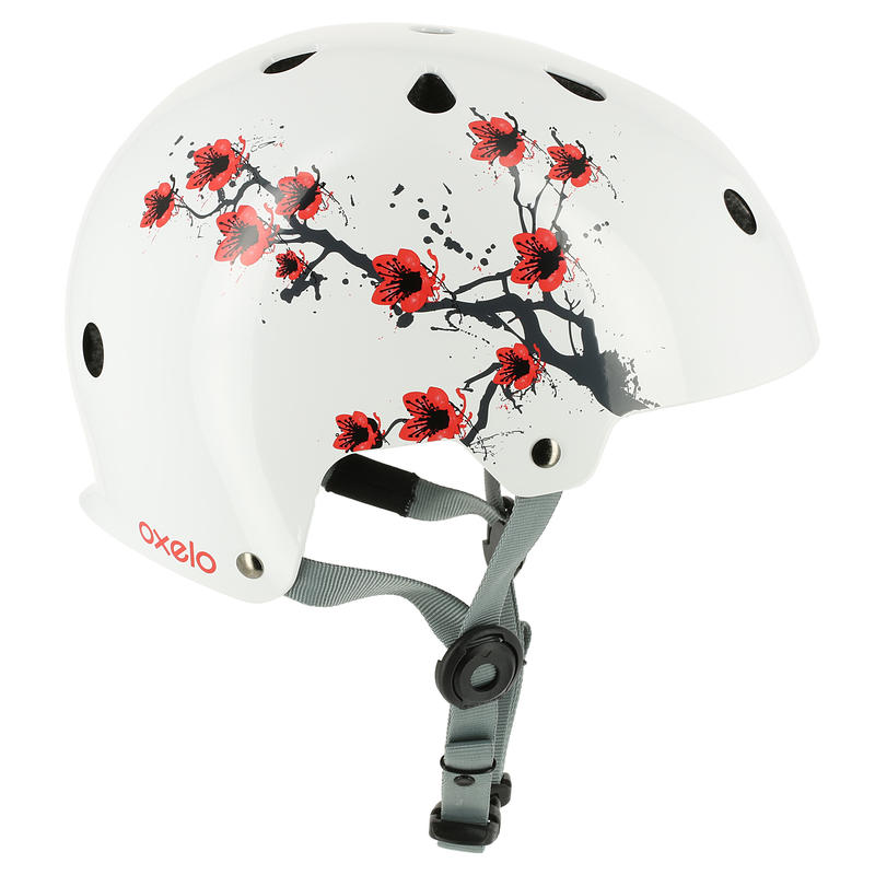 Play 7 Skating Skateboarding Scootering Cycling Helmet Size M - Sakura White