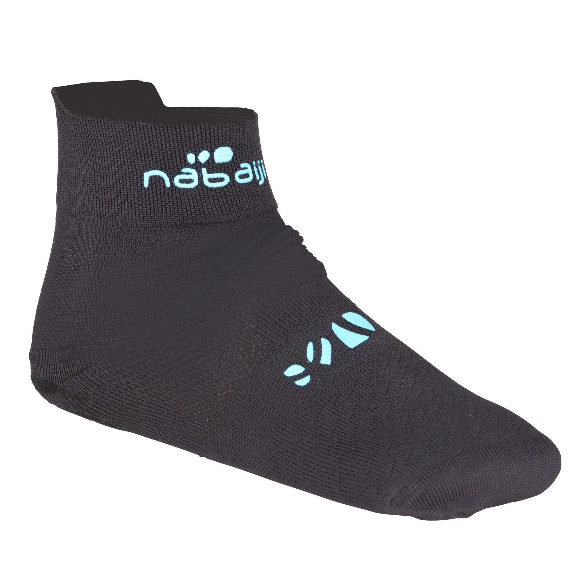 Adult aqua socks