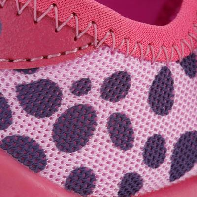 bf980fe672e1c Chaussures aquatiques Aquashoes 100 bébé roses
