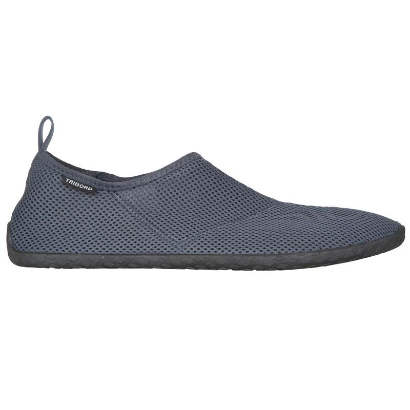 50 aquashoes - black