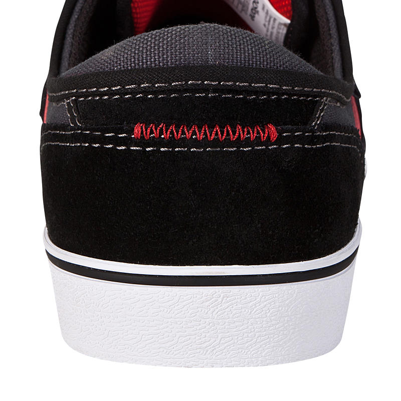 Chaussures basses de skateboard adultes VULCA LOW CLASSIC noires