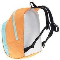 A 10+ kid backpack orange