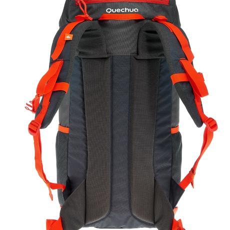 sac a dos arpenaz 40 litres noir orange quechua. Black Bedroom Furniture Sets. Home Design Ideas