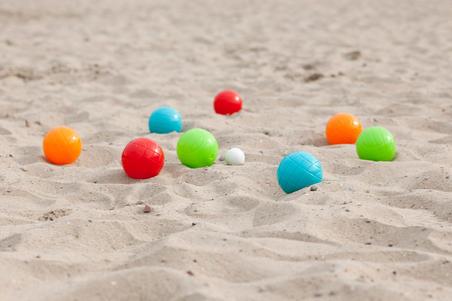 8 Plastic Petanque Boules