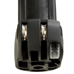 """Soporte con botones """"push-pin"""" compatible con mástiles de diámetro estándar"""