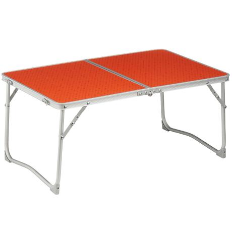 Mobilier camping table basse orange quechua for Table basse orange