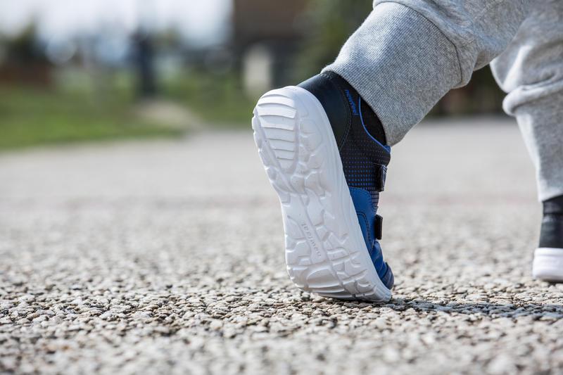 Actiwalk 100 Children's Fitness Walking Shoes - Black/Blue