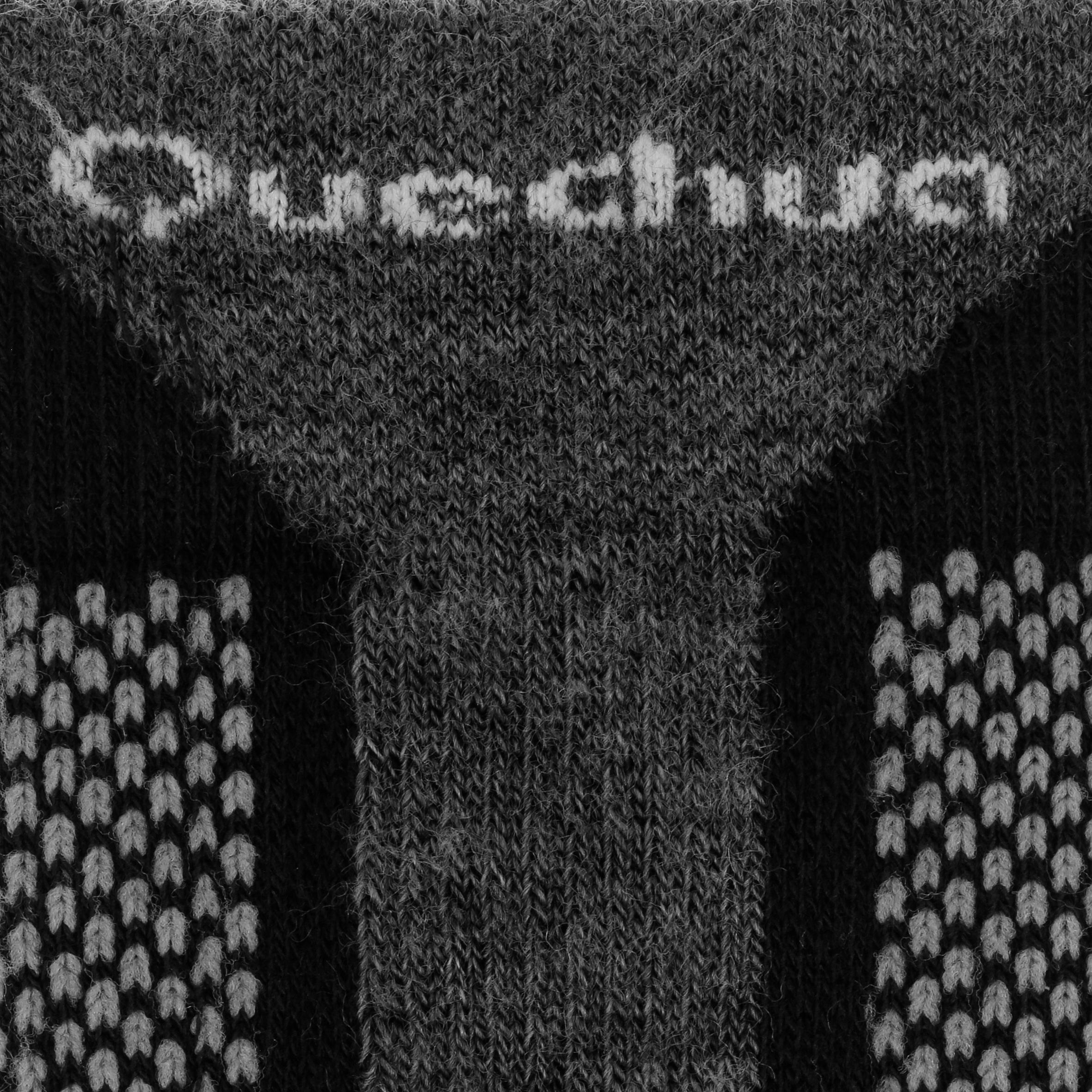 Chaussettes de randonnée neige adulte SH520 x-warm hautes noires rouges.