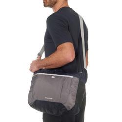 Compacte schoudertas voor trekking - 708168