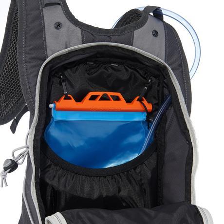 sac dos de randonn e rapide ou fast hiking helium 17l gris quechua. Black Bedroom Furniture Sets. Home Design Ideas