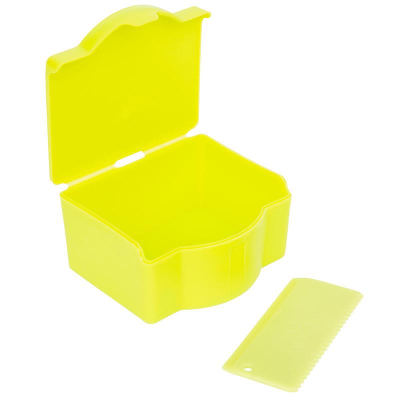 Boîte de rangement pour wax + peigne .