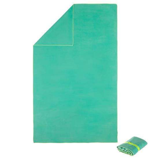 Zeer compacte microvezel handdoek cinablauw maat L 80 x 130 cm - 717055