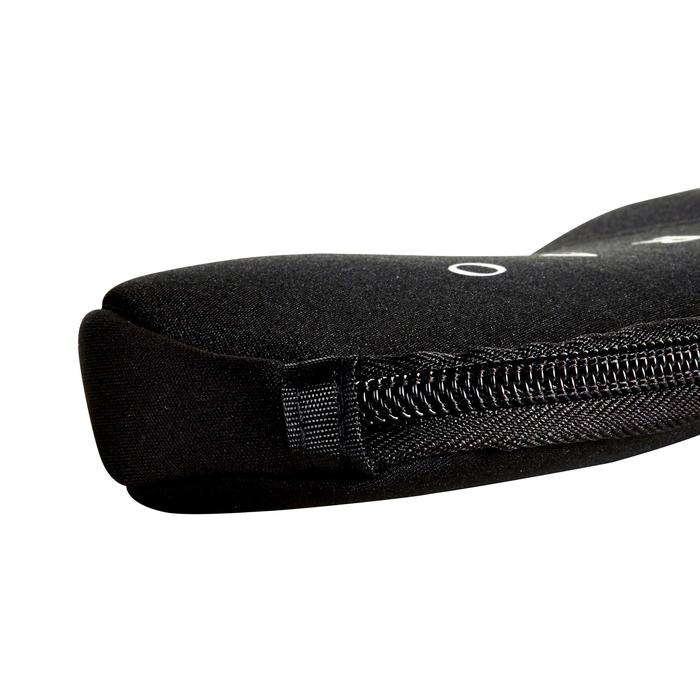 Halfstijf neopreen briletui Case 500 S zwart