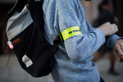 FLUO-ARMBAND 500 GEEL BTWIN - 746549