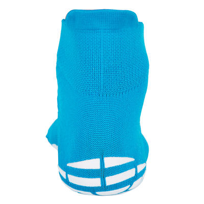 גרבי מים מונעות החלקה לבנים- כחול