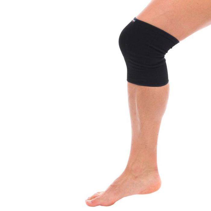 Knieband links/rechts voor heren/dames Soft 100 zwart
