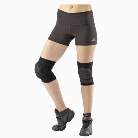 Women 39 s dance knee pads black domyos by decathlon for 1234 come on the dance floor