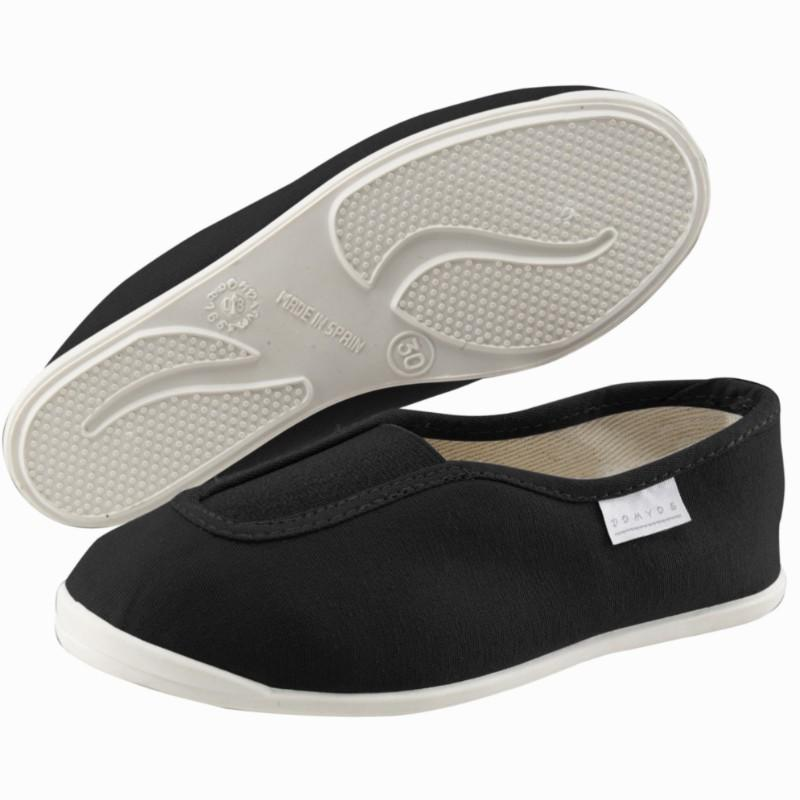 Rythm 300 Kids' School Gym Shoes - Plimsolls - Black