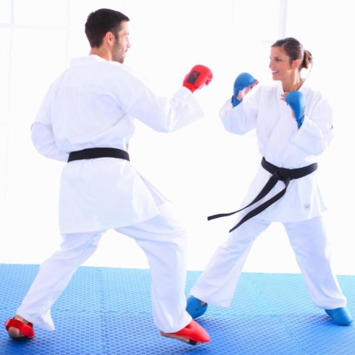 Karate-Fussschutz rot