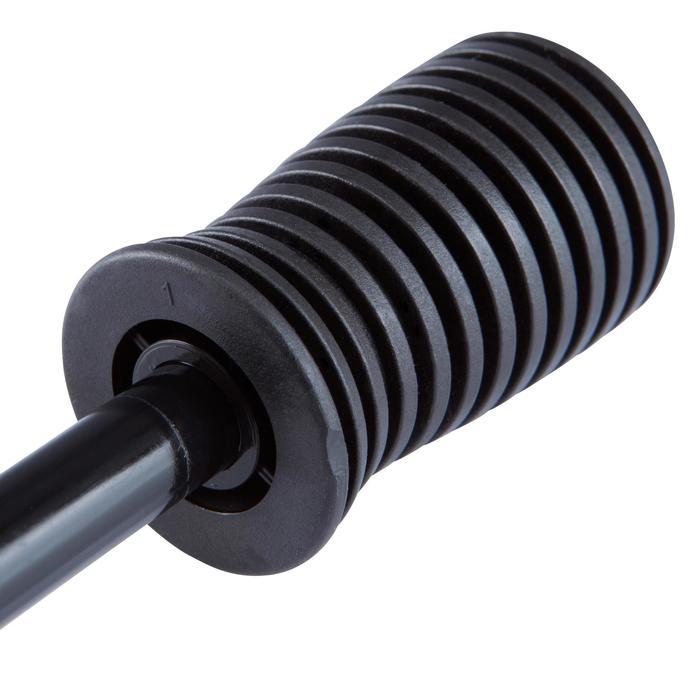 Bomba Manómetro Kipsta doble acción con racor flexible negro