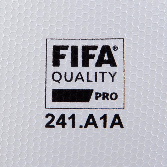 Ballon de football F900 FIFA PRO thermocollé taille 5 - 885535