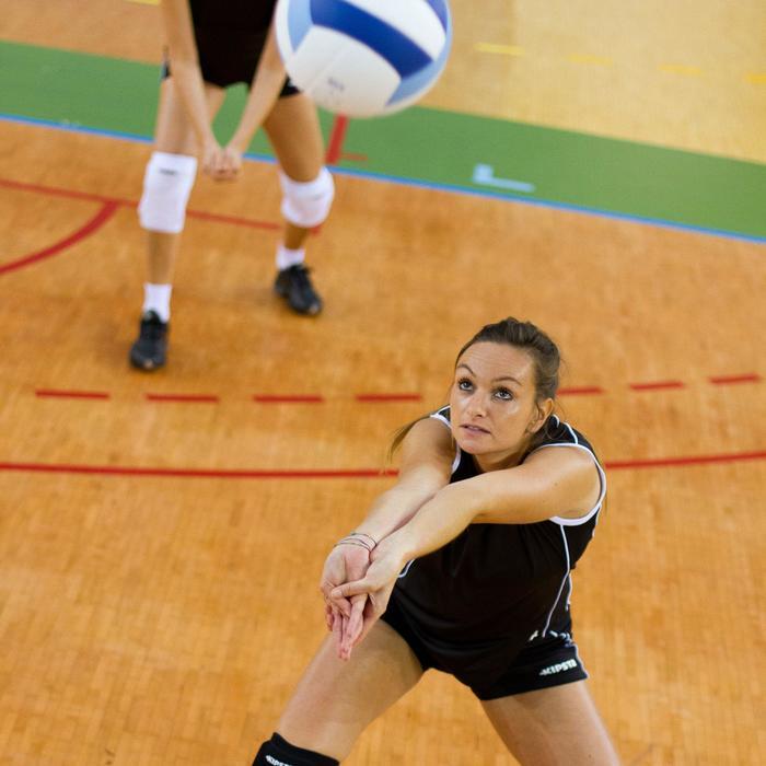 Volleybalshort V100 voor dames zwart/wit