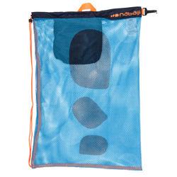 Grote zwemtas in netstof