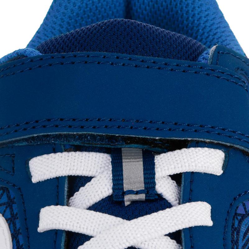 รองเท้าเด็กสำหรับใส่เดินรุ่น Soft 140 (สีกรมท่า/ชาว)
