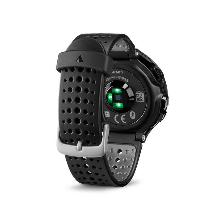 GPS-horloge met hartslagmeting aan de pols Forerunner 235 HRM zwart/grijs