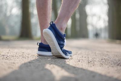 100 حذاء مشى سريع لين - أزرق غامق