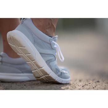 Chaussures marche sportive femme Soft 100 Mesh gris clair