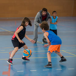 Basketbalbroekje B500 kinderen - 996980