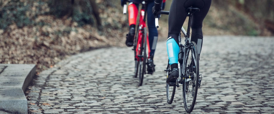 Top 10 Cobbled Climbs in the UK | Decathlon