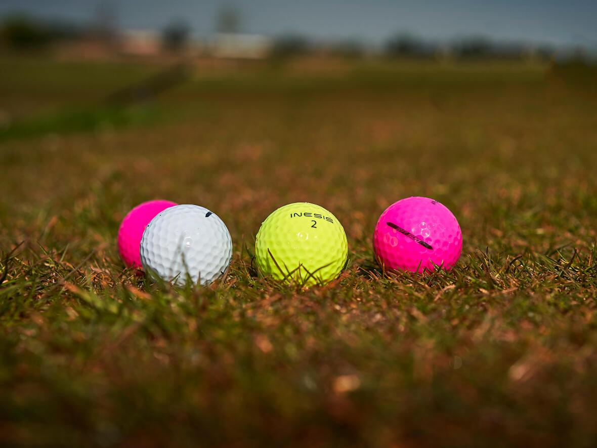 Kleur ballen Inesis golf