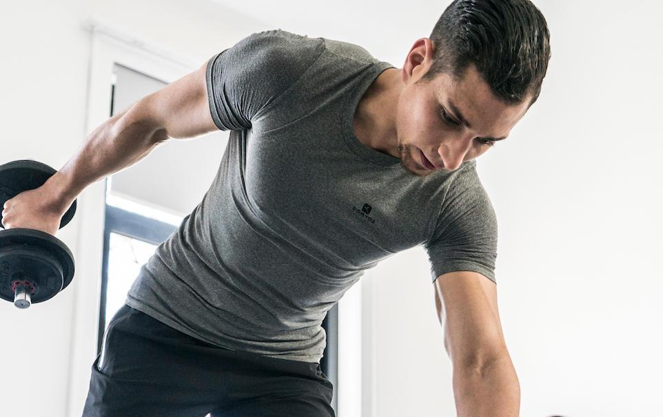 Je débute la musculation, par quoi commencer ?