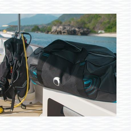 subea how to choose your dive bag