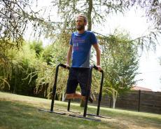 體重增肌法-雙槓撐體