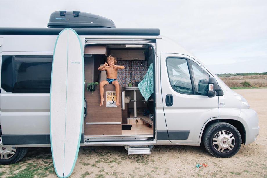 surf trip en famille en van