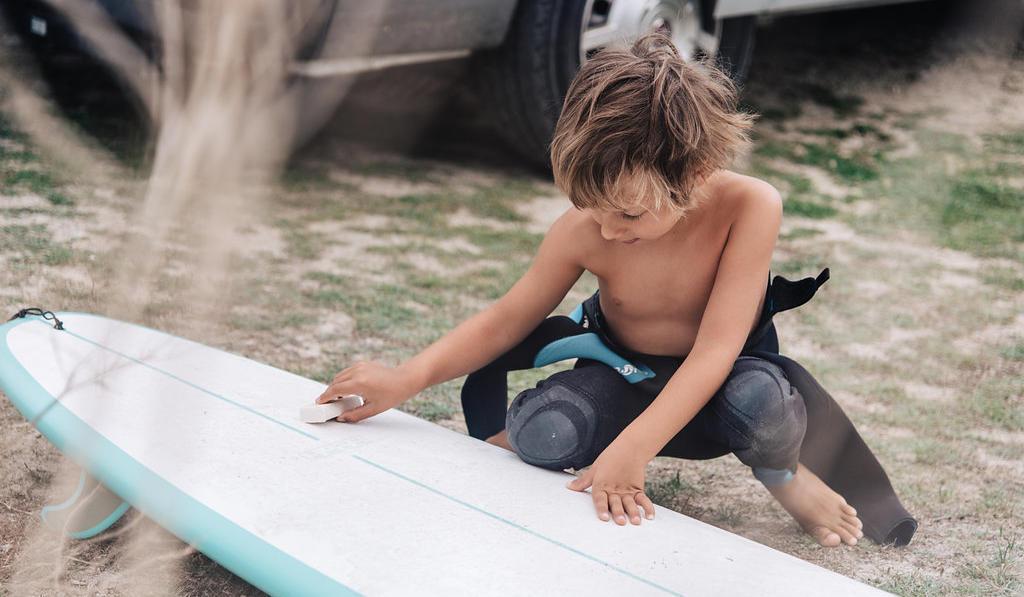 Surf trip en van : direction la Bretagne en famille