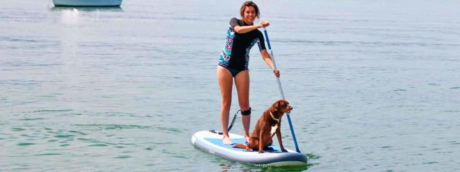stand-up-paddle-avec-son-chien