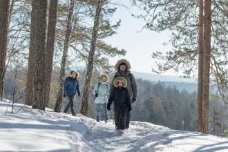 Choisir sa tenue de rando neige avec les conseils Quechua by Decathlon
