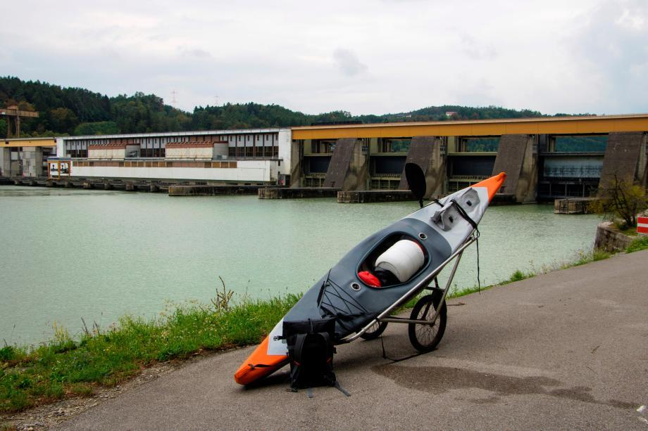 descente-danube-kayak-gonflable-x500-itiwit-chariot-barrages