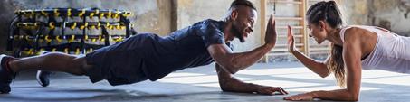 conseils-3-engagements-sportifs-que-vous-ne-tiendrez-jamais-reprendre-le-sport-duo-fitness-homme-femme