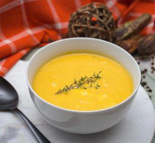 conseils-un-repas-healthy-et-gourmand-pour-noel-veloute-potimarron