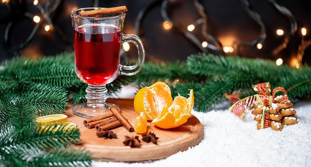 conseils-un-repas-healthy-et-gourmand-pour-noel-clémentine-neige-sapin