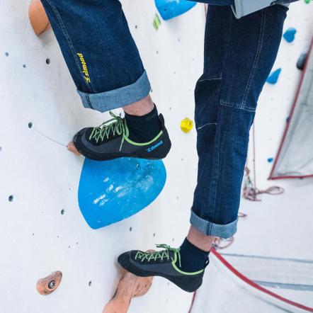 faut-il-mettre-des-chaussettes-dans-ses-chaussons-d-escalade.jpg