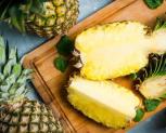 Conseils-alimentation-healthy-et-sport-quels-avantages-nutritionnels-ananas-coupée