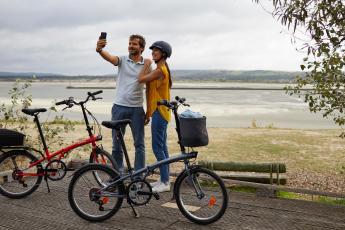 Faire du vélo à deux